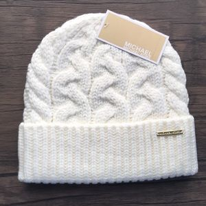 NWT Michael Kors Patchwork Cable Knit Beanie!!!
